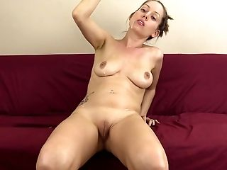 Amateur, Drooling, Fetish, Fondling, HD, Homemade, Lelu Love, Rubbing, Solo,