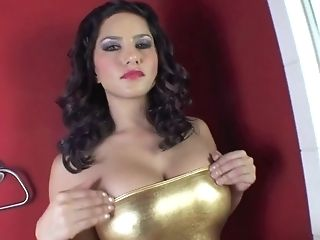 Big Tits, Brunette, Close Up, HD, Pussy, Reality, Skinny, Sunny Leone, Wet,