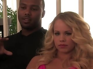 Amateur, Grote Tieten, Blond, Pijpbeurt, Britney Young, Cunnilingus, Horny, Interraciale, Pornoster,