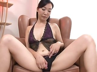 Couple, Experienced, Hardcore, Japanese, Lingerie, Mature, Natural Tits, Sex Toys, Teasing,