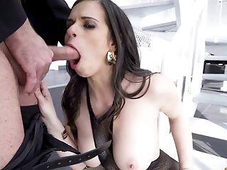 Beauty, Blowjob, Brunette, Cute, Deepthroat, Horny, Nekane, Oral Sex, Outdoor, Slut,
